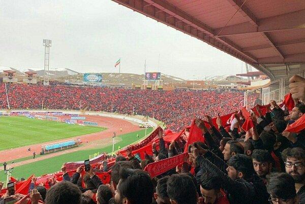 استادیوم یادگار امام تبریز 2 ساعت مانده به آغاز بازی پر شد